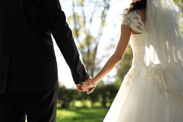 Outdoor Weddings in the Lowcountry: Tips, Venues & More